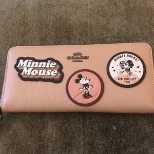 Coach Disney X Minnie Mouse Wallet
